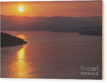 Sunset On Flathead Lake With Wild Horse Island Wood Print by Scotts Scapes