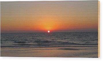 Sunset On Longboat Key Wood Print by Loretta Luglio