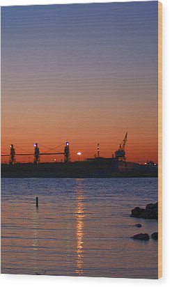 Sunset On The Detroit River Wood Print