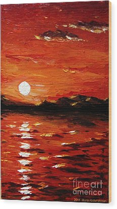 Sunset On The Sea Wood Print by Muna Abdurrahman