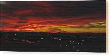 Sunset Over L.a. Wood Print by Mike Herdering