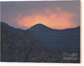 Sunset Over Red Rock Wood Print by Art Whitton