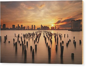 Sunset Over The Hudson River Wood Print by Larry Marshall