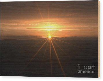 Sunset Star Wood Print by Stephen Clarridge