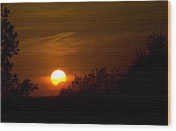 Wood Print featuring the photograph Sunset Sun Eclipse by Nick Mares