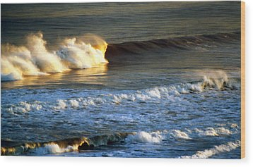 Sunset Wave Rockaway Beach Nyc Wood Print by Maureen E Ritter