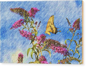 Swallowtail And Butterfly Bush Wood Print by Heidi Smith