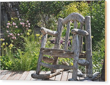 Take A Seat Wood Print by Tanya  Searcy