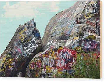 Talking Rocks And Sky Wood Print by Susan Leggett