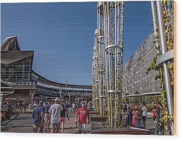 Wood Print featuring the photograph Target Plaza by Tom Gort