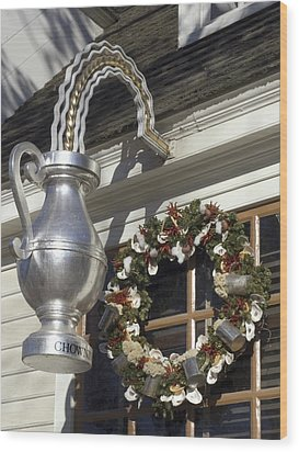 Tavern Tankard Sign Wood Print by Sally Weigand