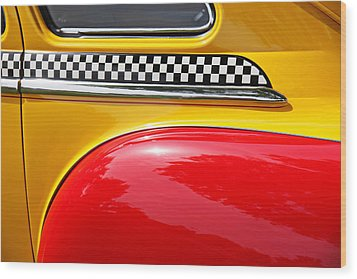 Taxi 1946 Desoto Detail Wood Print by Garry Gay