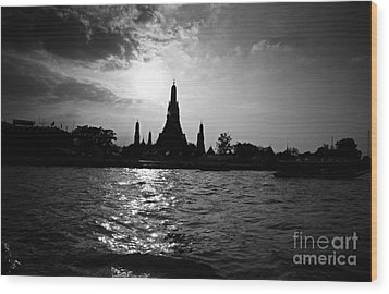 Wood Print featuring the photograph Temple Silhouette by Thanh Tran