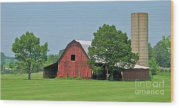Tennessee Barn Wood Print by Val Miller