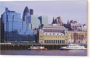 Thames And Financial District - London Wood Print by John Clark