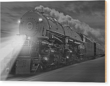 The 1218 On The Move Wood Print by Mike McGlothlen