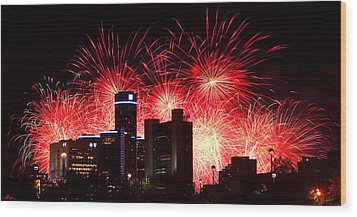 Wood Print featuring the photograph The 54th Annual Target Fireworks In Detroit Michigan - Version 2 by Gordon Dean II