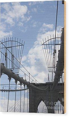 The Bridge In Brooklyn Wood Print by David Bearden