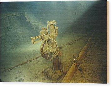 The Bronze Telemotor On The Bridge Wood Print by Emory Kristof