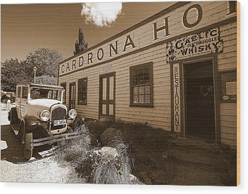 Wood Print featuring the photograph The Cardrona Hotel by Paul Svensen