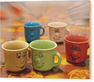 The Cheerful Cups Wood Print by Alessandro Della Pietra