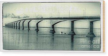 The Confederation Bridge Pei Wood Print by Edward Fielding