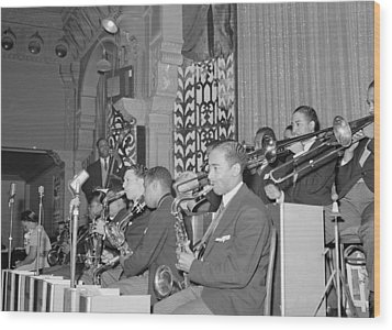 The Count Basie Orchestra At The Savoy Wood Print by Everett