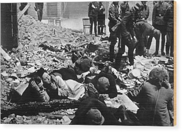 The Destruction Of The Warsaw Ghetto Wood Print by Everett