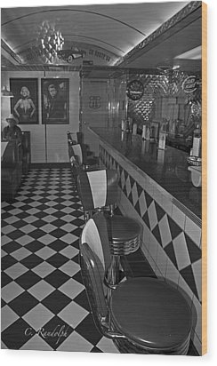 The Diner B And W Wood Print by Cheri Randolph