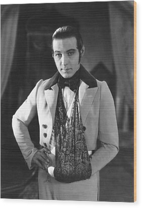 The Eagle, Rudolph Valentino, On-set Wood Print by Everett