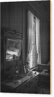 The Empty Bed Wood Print by Lynn Palmer