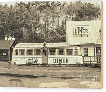 Wood Print featuring the photograph The Farmers Diner In Sepia by Sherman Perry
