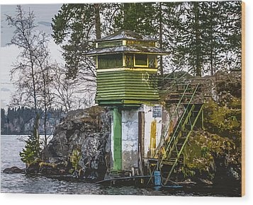 Wood Print featuring the photograph The Hut 2 by Matti Ollikainen