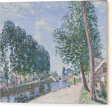 The Loing Canal At Moiret Wood Print by Alfred Sisley