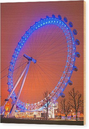 Wood Print featuring the photograph The London Eye by Luciano Mortula