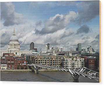 The London Skyline Towards St Paul's Cathedral Wood Print by Eyespy