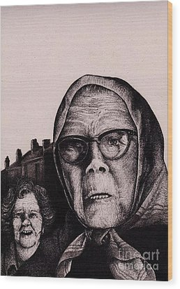 The Mirth Of Beryl And The Peril Of Meryl Wood Print by Spencer Bower