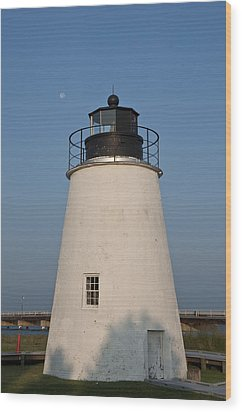 The Moon Behind The Piney Point Lighthouse Wood Print by Bill Cannon