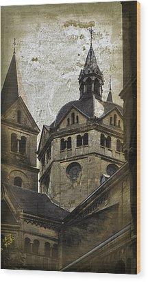 The Munsterkerk Roermond Wood Print by Mary Machare