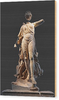 The Nike Of Paeonios - Ancient Olympia Wood Print by Constantinos Iliopoulos