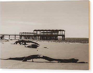 Wood Print featuring the photograph The Pier by Shannon Harrington