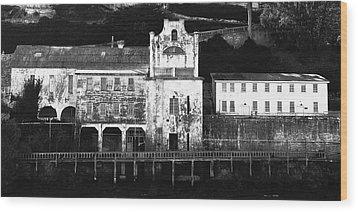 The Port Of Alcatraz Wood Print by Laszlo Rekasi