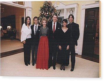 The Reagan Family Christmas Portrait Wood Print by Everett