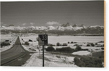 Wood Print featuring the photograph The Road Home by Eric Tressler