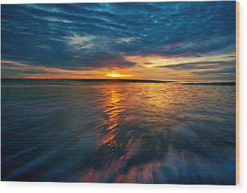 The Seascape Huahin Thailand Wood Print by Arthit Somsakul