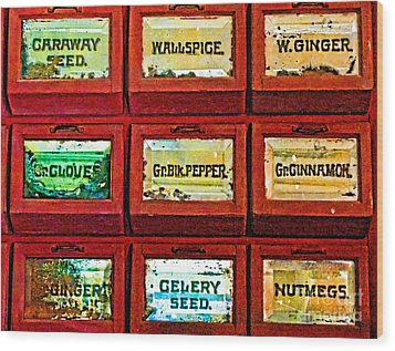 The Spice Of Life Wood Print by Colleen Kammerer