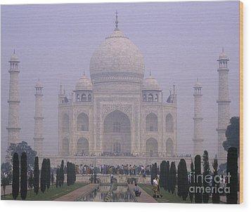 The Taj Mahal In Early Morning Mist Wood Print