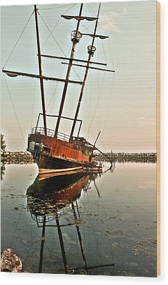 Wood Print featuring the photograph The Tall Shipwreck by Nick Mares