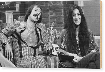 The Tonight Show, Sonny & Cher, 1975 Wood Print by Everett