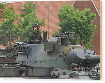 The Turret Of The Leopard 1a5 Main Wood Print by Luc De Jaeger